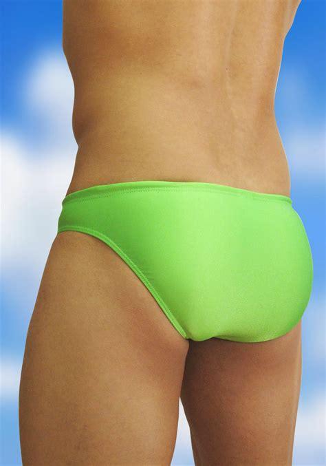 Men throwing women in swimming pools david boles, blogs jpg 896x1280